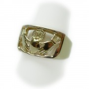 claddagh-ring-3-GR-318